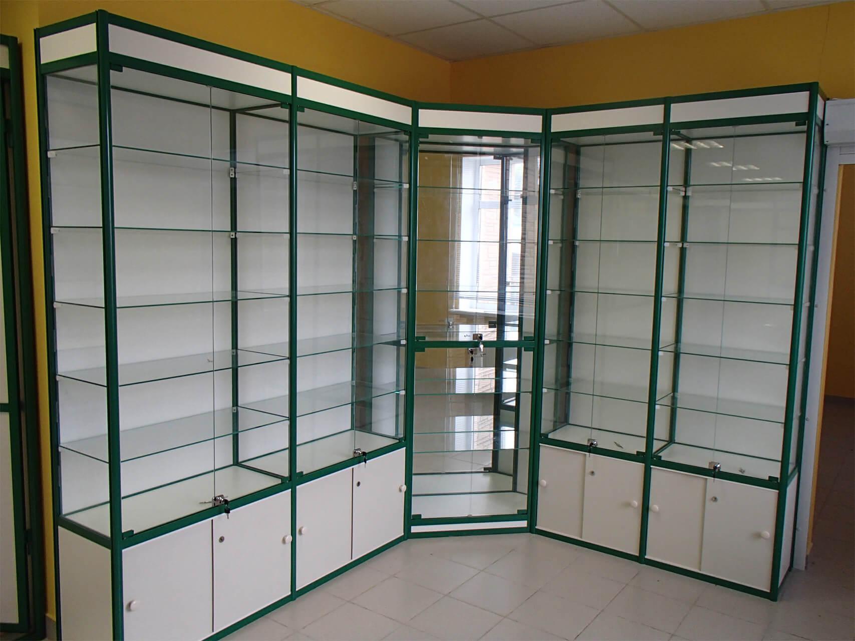 Шкафы-витрины для магазинов Desalum