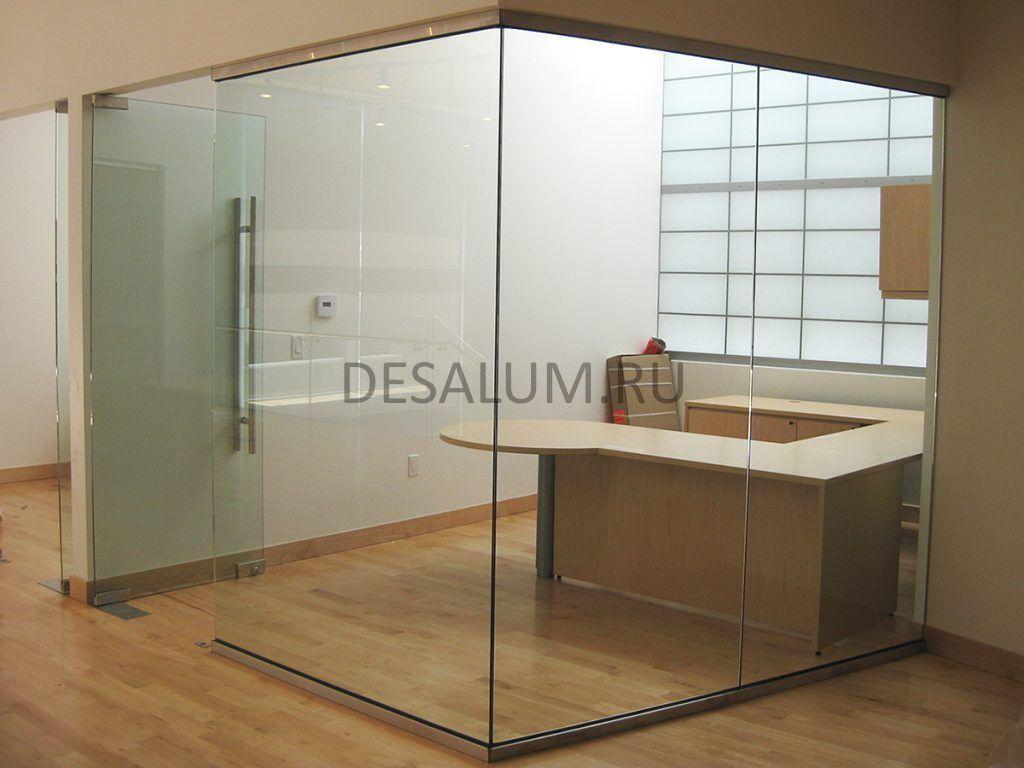Бескаркасные стеклянные перегородки desalum