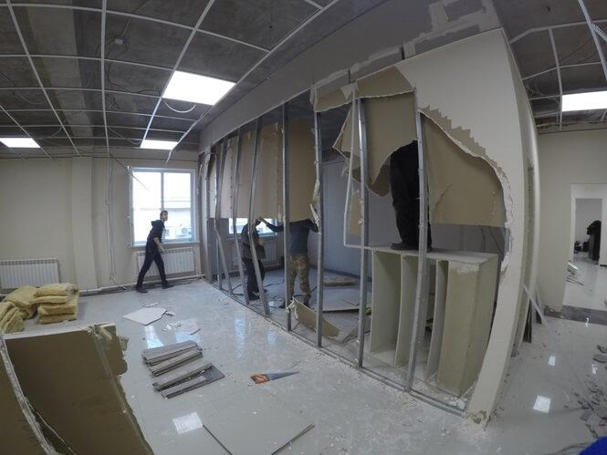 демонтаж офисных перегородок