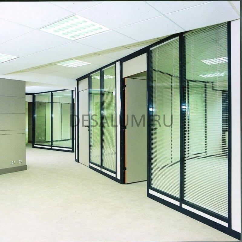 Каркасные стеклянные перегородки desalum